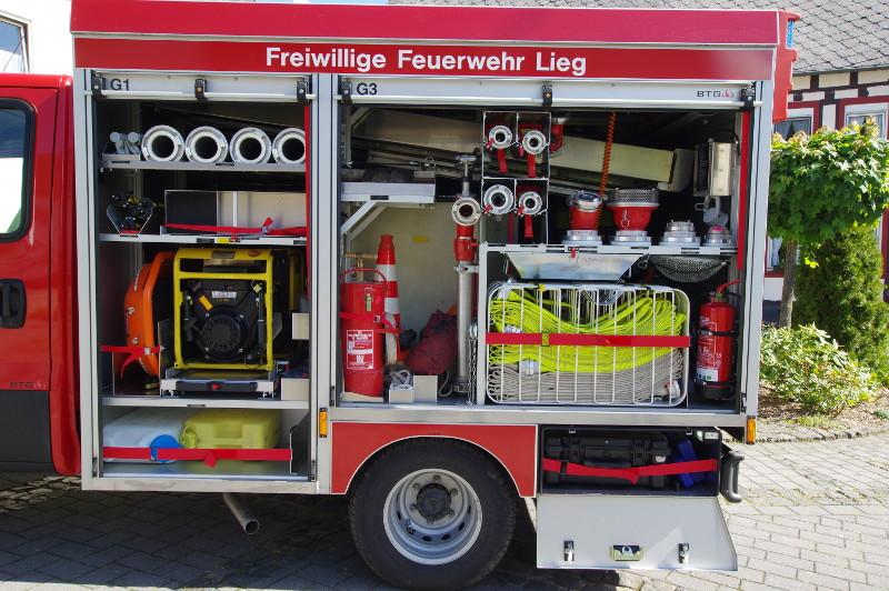 Freiwillige Feuerwehr Lieg Fahrzeug TSF-W Geräteraum 1 & 3